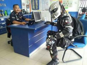 Tous vos équipements garantis dans l'offre assurance moto GMF