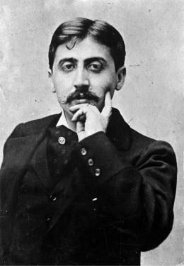 Un homme qui n'a pas de lien avec le fondateur de la MAIF, Edmond Proust...