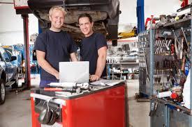 Les garagistes et les professionnels de l'auto couverts par MMA Assurance !